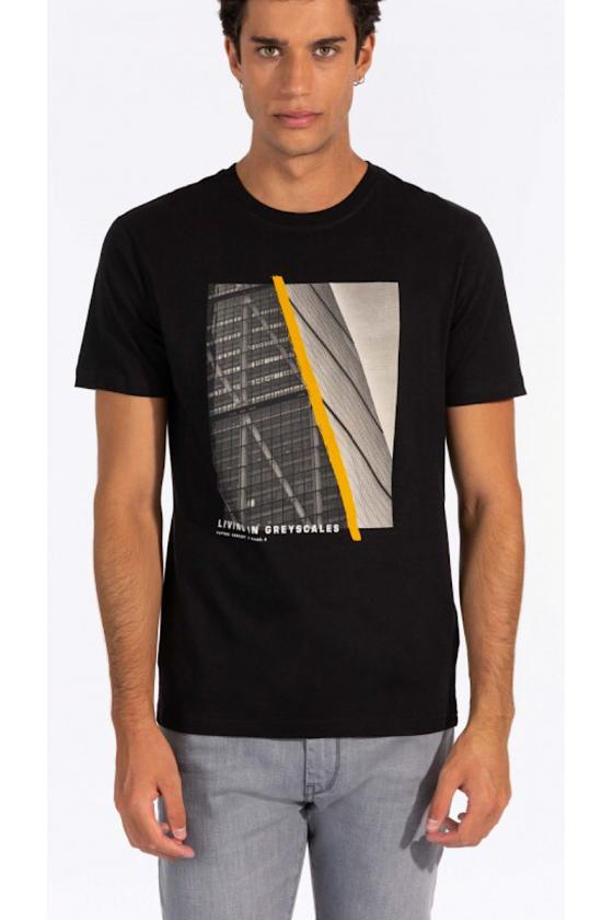 Camiseta Konstantin